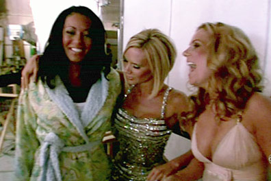 spice-girls-headlines-greatest-hits-making-of-set-video