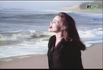 belinda-carlisle-circle-in-the-sand-video-11