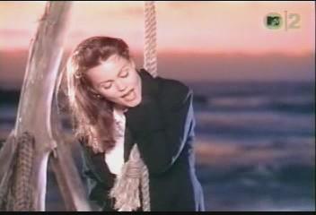 belinda-carlisle-circle-in-the-sand-video-15