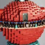 futurama-lego-planet-express-base-arriba