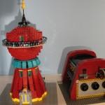 futurama-lego-planet-express-base-separados