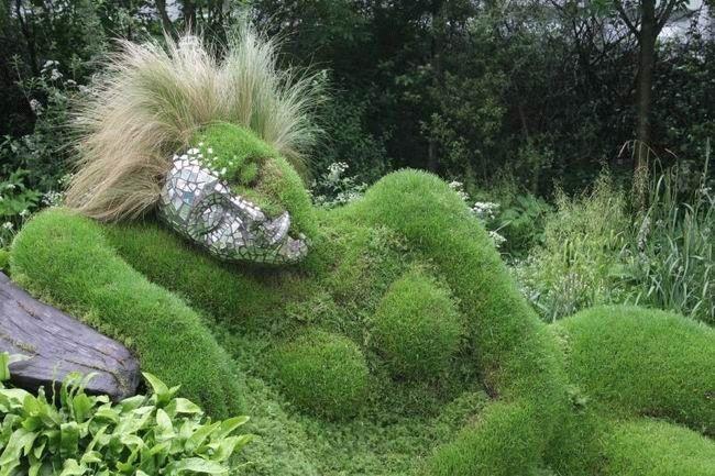 imagenes-fotografias-arte-jardin-piedra-mujer