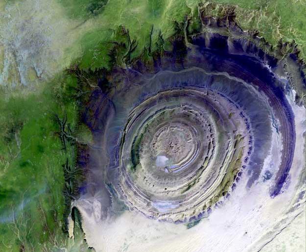 2002 octubre 28 satelite guelb er richat