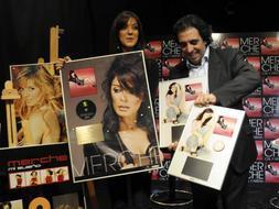 Merche recibe premios discografia