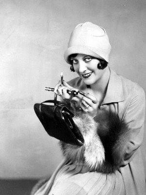 joan crawford lipstick 1929