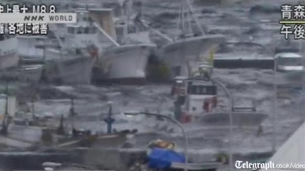 Miyako Hachinohe barcos puerto terremoto japon 2011 tsunami video