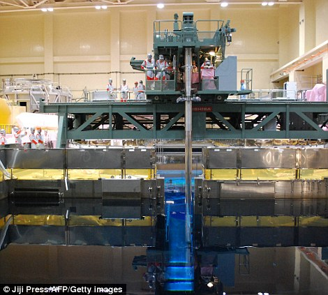 explosion central nuclear fukushima japon accidente interior