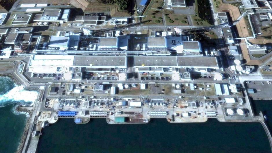image-japan-satellite-tsunami-fukushima-nuclear-plant-before