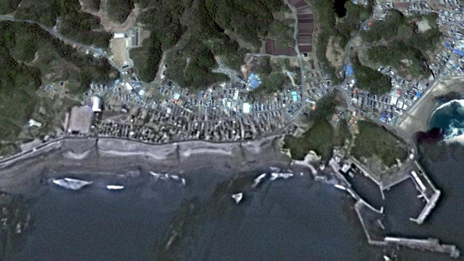 image-japan-satellite-tsunami-iwaki-beach-before