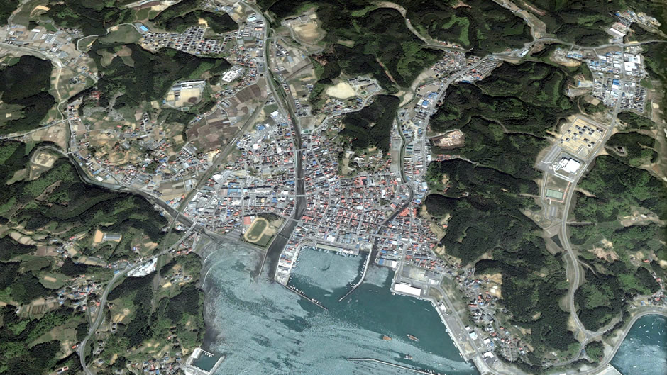 image-japan-satellite-tsunami-minamisanriku-2010-before
