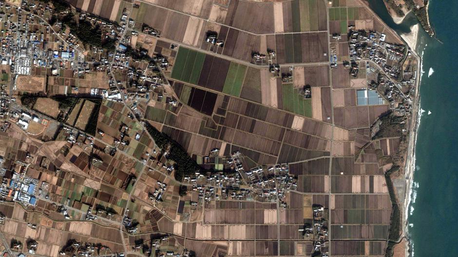 image-japan-satellite-tsunami-minamisoma-haranomachi-before