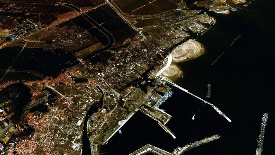 image-japan-satellite-tsunami-odohama-after
