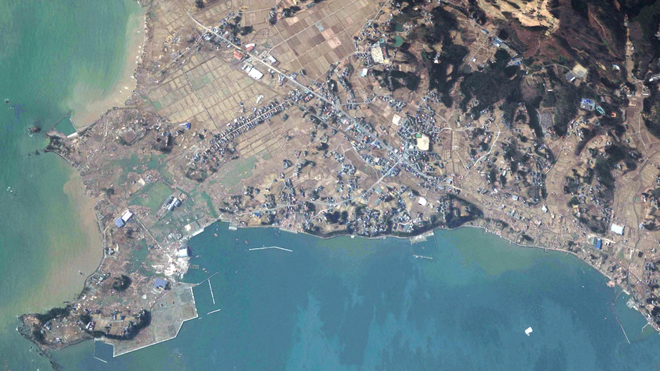 image-japan-satellite-tsunami-south-coast-kesennuma-after