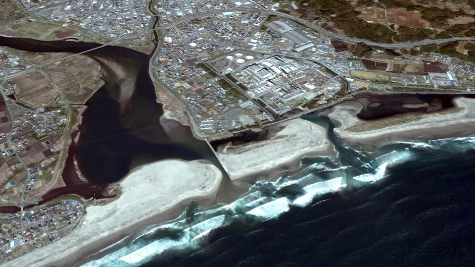 image-japan-satellite-tsunami-ueda-iwaki-samegawa-river-before