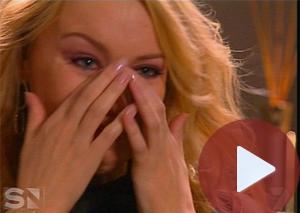 kylie minogue llorando