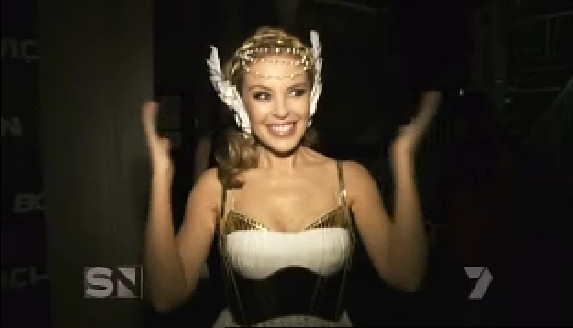 kylie minogue tour aphrodite backstage