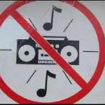 ¿Por qué la gente pone música en páginas web?