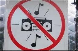 musica alta ruido decibelios prohibido
