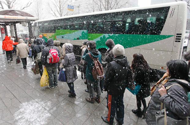 sendai evacuacion autobus terremoto 2011 radiacion