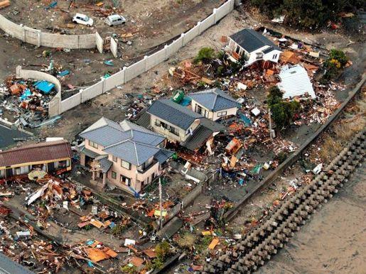 terremoto japon 11 marzo 2011 casas destruidas