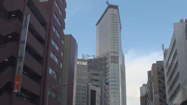 terremoto japon 11 marzo 2011 edificio zarandeandose