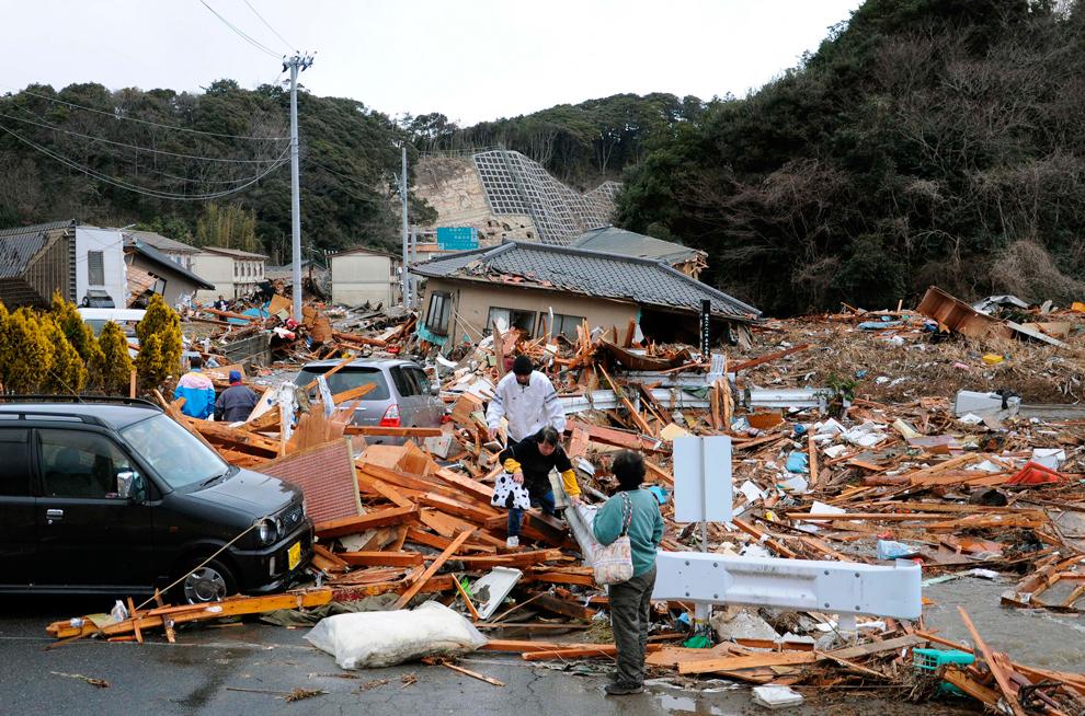 terremoto japon 8.9 2011 Iwaki Fukushima escombros casas derruidas