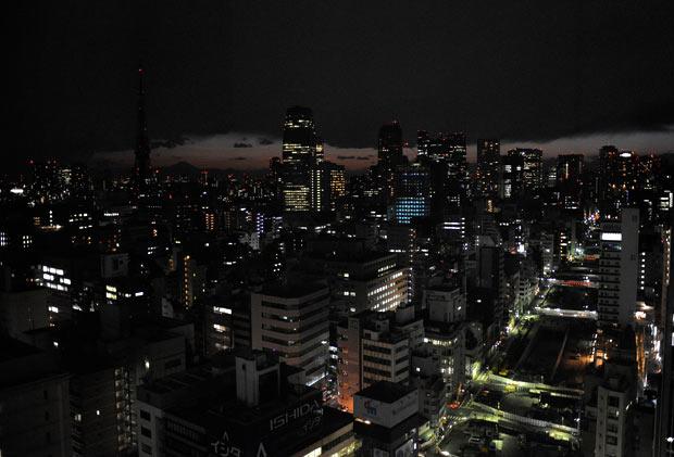 tokio ahorro energia apagon terremoto japon 2011