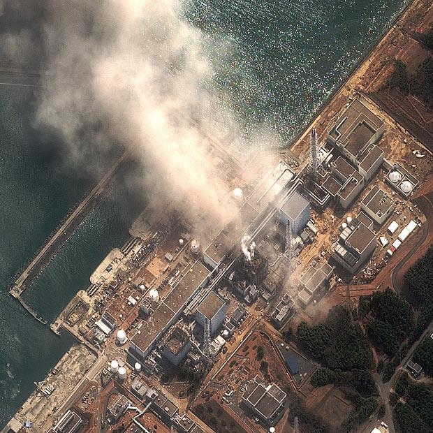 tsunami japon terremoto 2011 Fukushima explosion central nuclear
