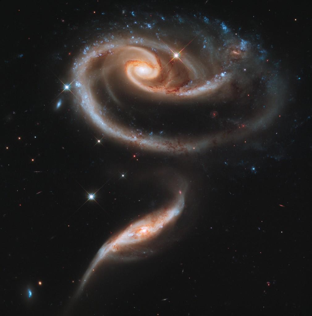 hubble galaxias Arp 173 UGC 1810 1813