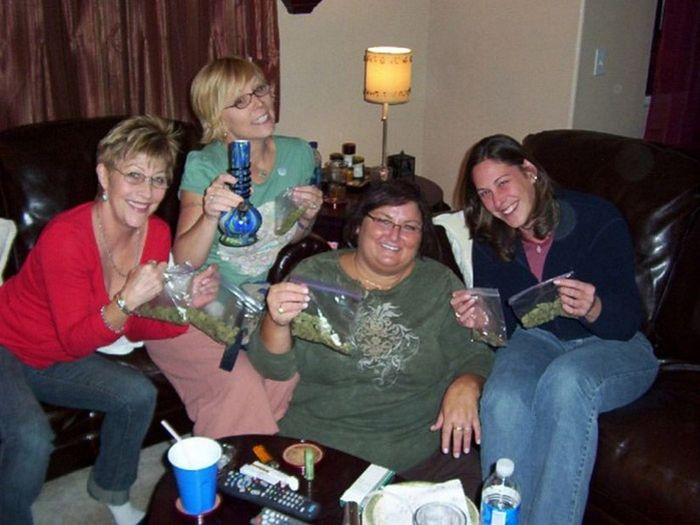 imagenes risa internet marihuana fiesta