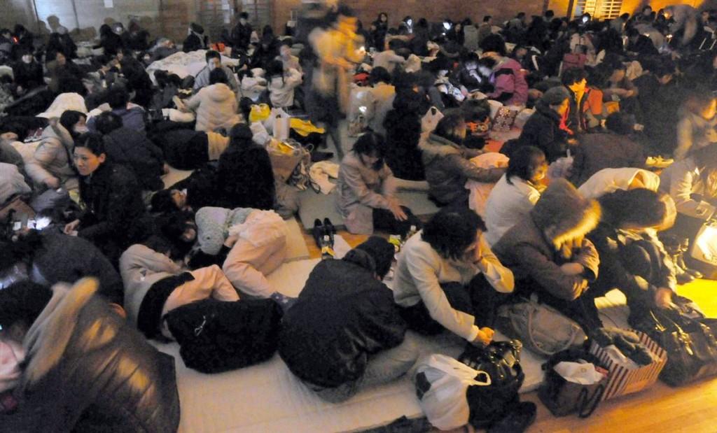 terremoto japon 11 3 2011 marzo dia 1 sendai evacuados