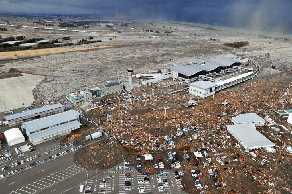 terremoto tsunami japon 11 2011 marzo sendai aeropuerto
