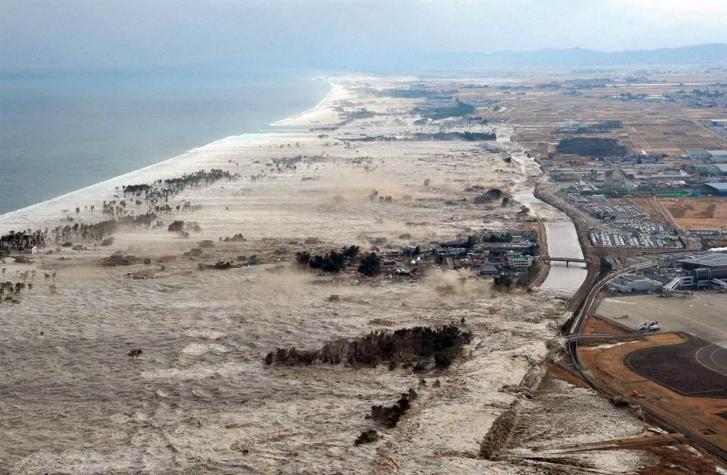 terremoto tsunami japon 11 3 2011 marzo Iwanuma costa