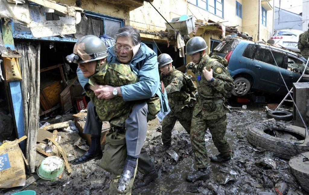 terremoto tsunami japon 2011 marzo 12 Kesennuma salvamento