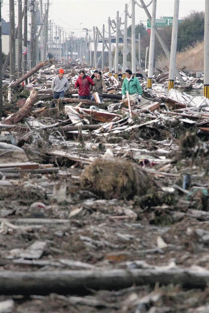 terremoto tsunami japon 2011 marzo 12 escombros sendai