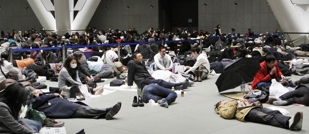 terremoto tsunami japon 2011 marzo 12 tokyo international forum