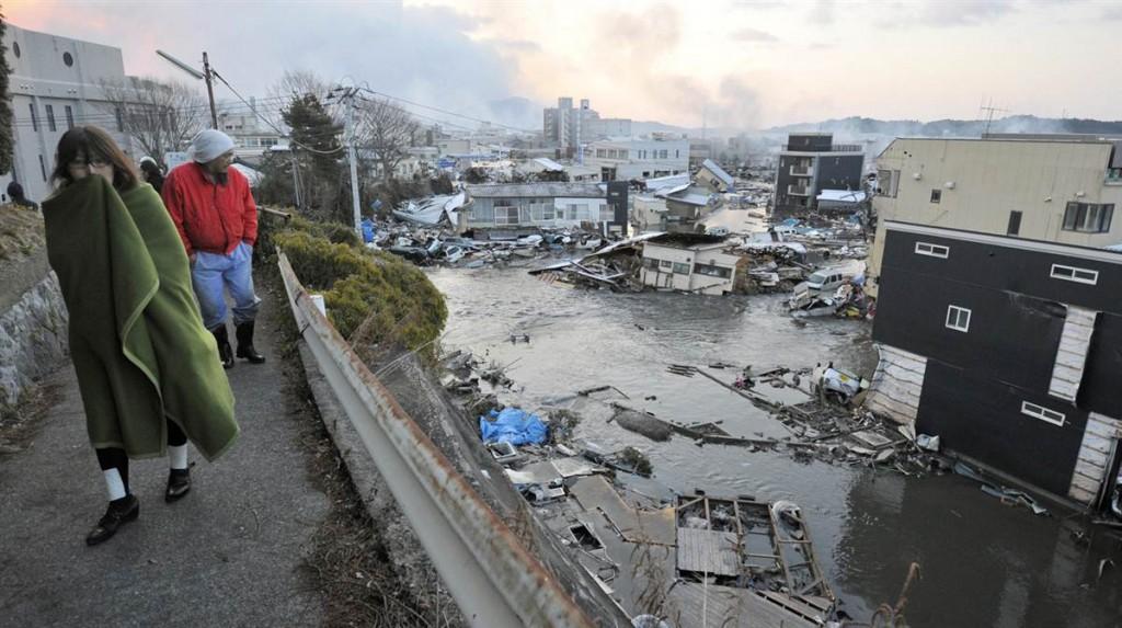 tsunami japan 2011 march 12 kesennuma survivors