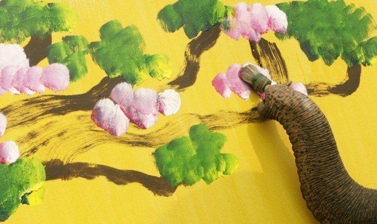 animales-graciosos-elefante-pintor