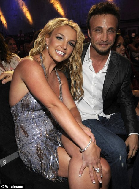 britney-spears-mtv-vma-larry-rudolph
