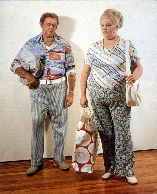 duane hanson escultura figura Couple with Shopping Bags