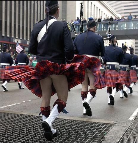 kilt falda escocesa marilyn monroe marcha calzoncillos