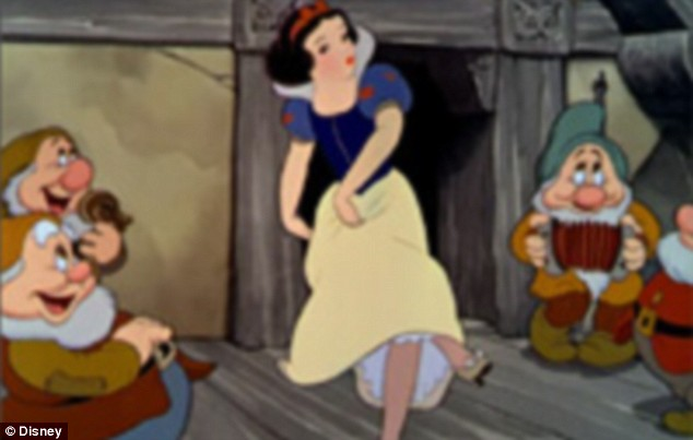 snow white blancanieves baile enanitos 1937 dancing