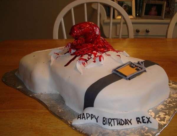 tartas cumpleanos pasteles alien sangre pelicula