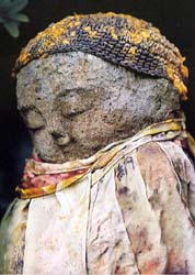 jizo estatua figura japon japoneses niños
