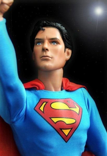 muneco barbie famosos superman
