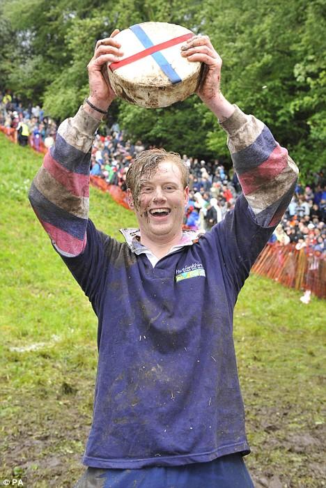 festival carrera queso rodante Gloucestershire