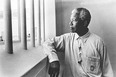 nelson-mandela-apartheid