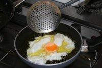 Senoras que preguntan te has quedado con hambre Te frio un huevo