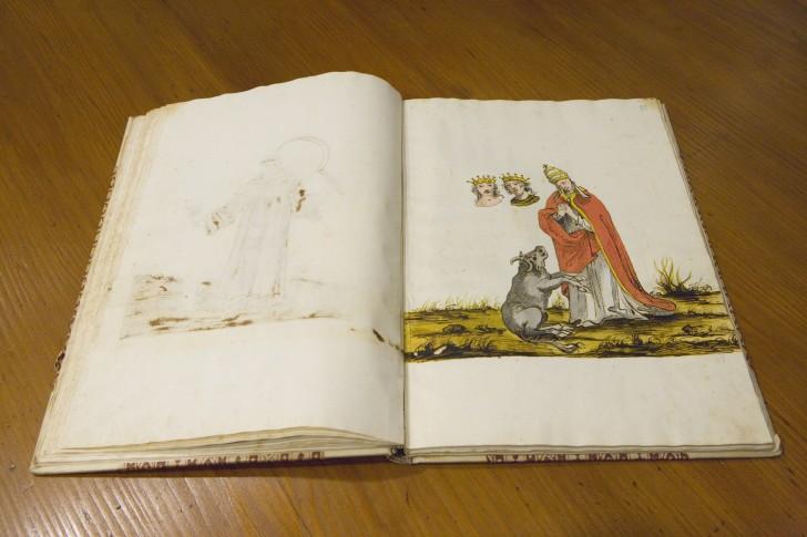 libro perdido vaticinios Nostradamus 24