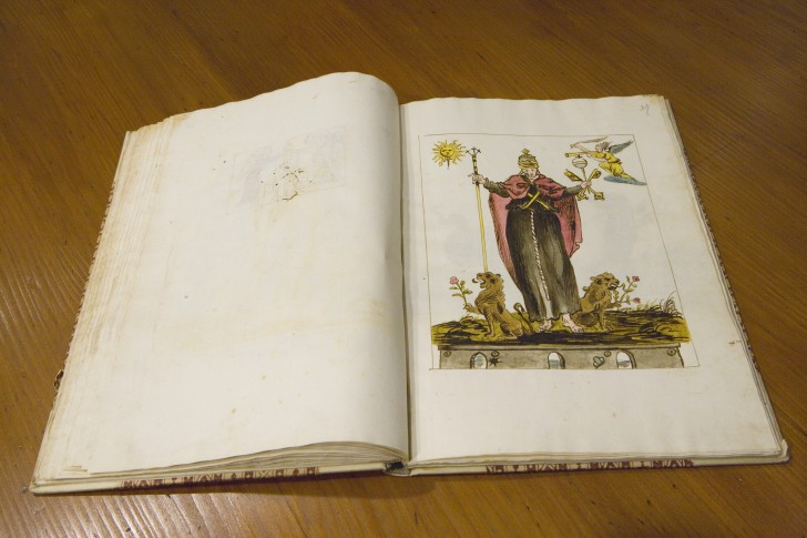 libro perdido vaticinios Nostradamus 26